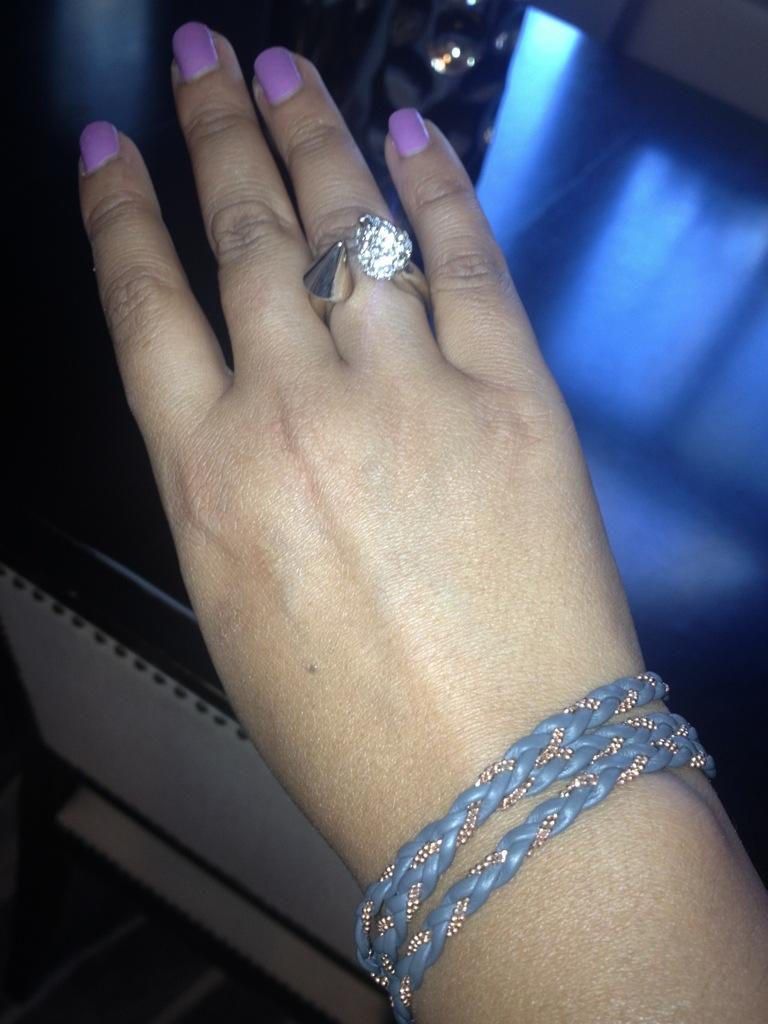 Boyfriend Jeans Wedges amp Statement Necklace STYLE bites